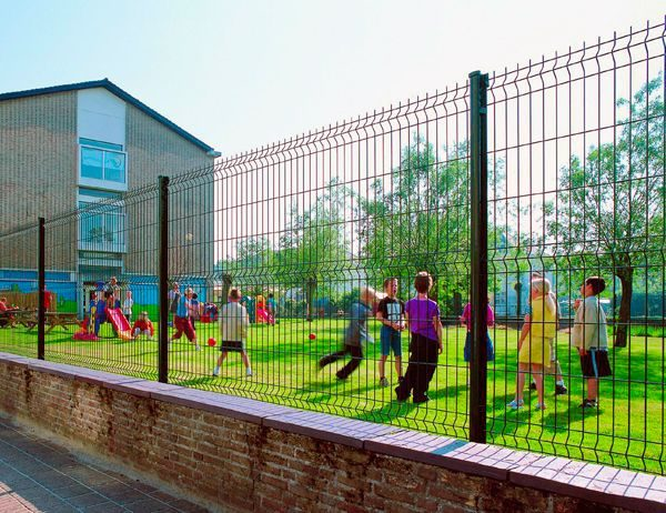 Панельный забор для спортплощадки ТЕХНА СПОРТ H-4м d 5