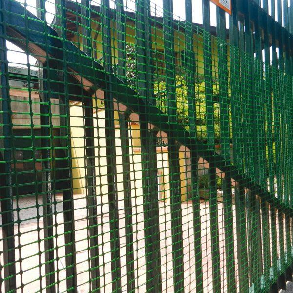 Сетка сверхпрочная для ограждения HOBBY 30 зеленая (1х50 м.п.)