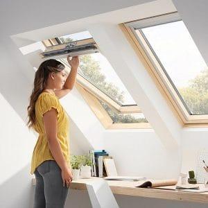 Окно на крышу Roto R48WH 54×118  (белая сосна)