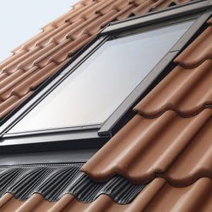 Окно в крышу Roto R48WH 74×140 (белая сосна)