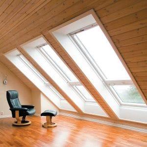 Окно в крышу Roto R48WH WD 60×84 (белая сосна)