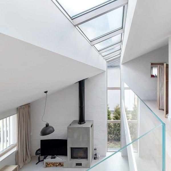 Окно на крышу Roto R65WH WD 120×146 (белая сосна)