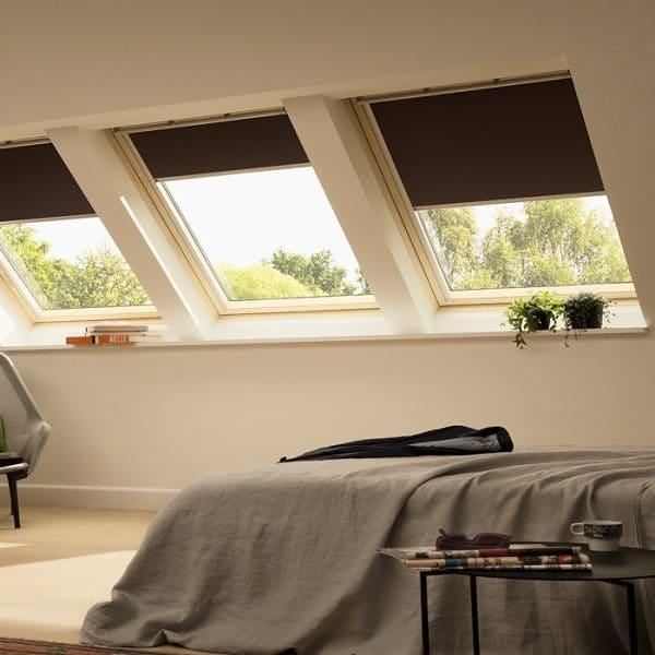 Мансардное окно Roto R69G WH WD 80×146 (белая сосна)