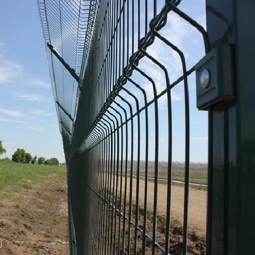Строительство секционного ограждения высотой до 2,4 м (анкеровка) с Y наконечником и секцией 530 мм