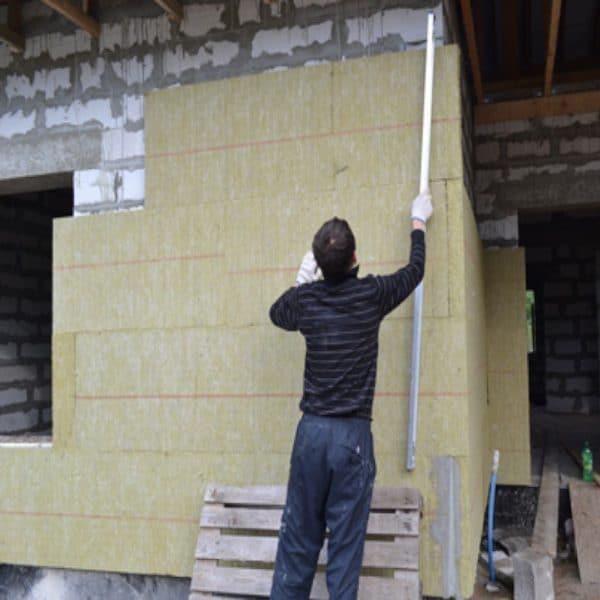 Работы по утеплению фасада минеральной ватой 150 мм (декор: минеральная штукатурка+ краска)