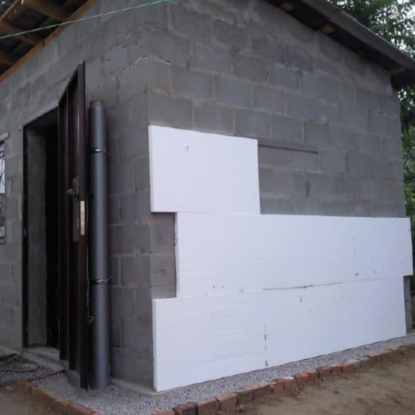 Утепление фасада пенопластом 100 мм (декор: тонированная штукатурка)